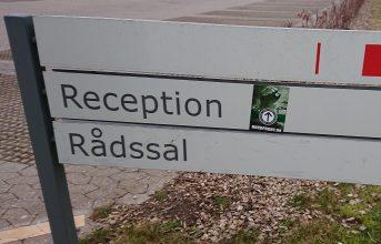 Opsætning af plakater og klistermærker i Kalundborg
