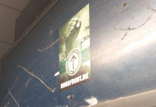 Propagandaspredning på Danshøj Station