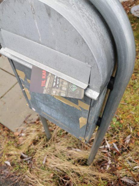 Uddelt løbesedler og opsat klistermærker i rudsvedeby, skellebjerg og Høng.